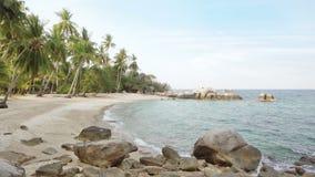 Paraíso tropical asiático da praia em Tailândia filme