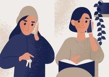 Para śliczne uśmiechnięte kobiety opowiada na telefonie komórkowym Żeńscy charaktery komunikuje przez smartphone Telefon royalty ilustracja