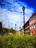 Para baixo a cidade velha em Estônia Tallinn imagens de stock royalty free