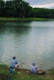 Para chwytów ryba z połowu prąciem Obraz Royalty Free