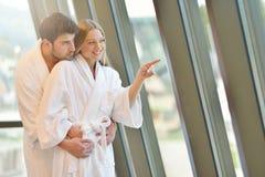 Para cieszy się wellness zdrój i weekend obrazy stock