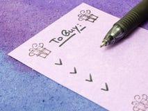 Para comprar la lista por días de fiesta Imágenes de archivo libres de regalías