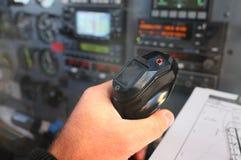 para controlar el avión Imágenes de archivo libres de regalías