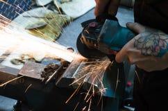 Para corte de metales por la amoladora imagen de archivo libre de regalías