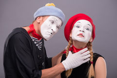 Para dwa śmiesznego mima odizolowywającego na tle Zdjęcie Royalty Free