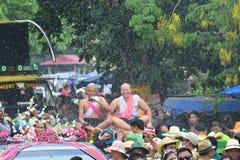 Para el desfile la tradición es naga cruel de la ceremonia de la ordenación Fotografía de archivo