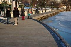 Para fora para uma caminhada na margem de Georgetown Foto de Stock