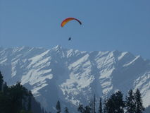 Para Gliding in Manali-IV Royalty Free Stock Photos