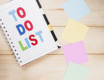 Para hacer la lista en el cuaderno 8 Foto de archivo libre de regalías