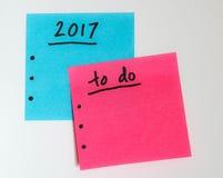 Para hacer la lista por el Año Nuevo en rosa y azul Fotos de archivo libres de regalías