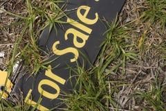Para la tarjeta de las propiedades inmobiliarias de la venta Fotografía de archivo