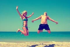 Para ma zabawę na plaży Fotografia Royalty Free