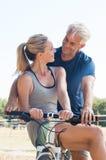 Para na cykl przejażdżce zdjęcie stock