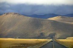 Para Nepal sobre o La de Lalung, 5100m, Tibet Fotos de Stock Royalty Free