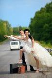 para nowożeńcy drogę Fotografia Royalty Free