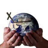 Para o deus amado assim a terra arrendada do mundo? em suas mãos Fotografia de Stock