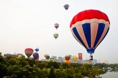 5o Festa internacional 2013 do balão de ar quente de Putrajaya Imagens de Stock Royalty Free