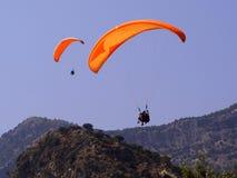 para paragliders Fotografering för Bildbyråer