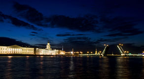 Drawbridges em St Petersburg, Rusia Fotos de Stock