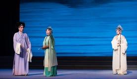 """Para pedir um  branco de Opera""""Madame Snake†da história-Kunqu do guarda-chuva Foto de Stock"""