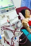 Para purificar la sangre con el riñón artificial Imagenes de archivo