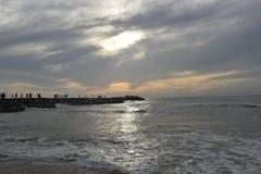 Para salida del sol que espera en el punto de visión Imagen de archivo