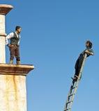 Para Stuntmen Wykonuje przy Starym Tucson Zdjęcia Royalty Free