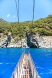 Para trás de um barco no mar Imagem de Stock Royalty Free