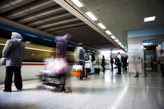 Para tren que espera Fotografía de archivo libre de regalías