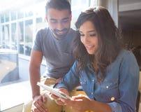 Para używać pastylkę Zdjęcia Stock