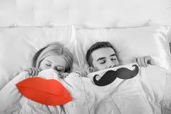 Para w łóżkowym dosypianiu fotografia royalty free