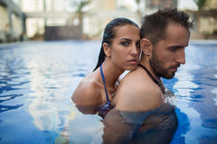 Para w basenie fotografia royalty free