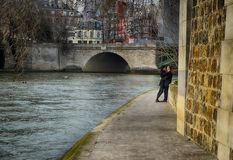 Para w miłości, Paryż Obrazy Stock