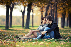 Para w parku Obrazy Royalty Free