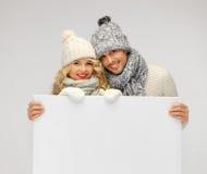 Para w zimy mienia pustego miejsca odzieżowej desce Obraz Royalty Free