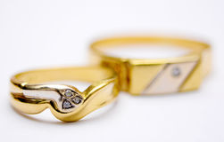 Para złociści pierścionki Obrazy Royalty Free