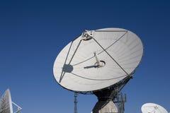 parabolisk antenn Arkivfoton