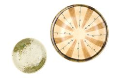 Paraboloïde coloré d'isolement de poterie Image stock