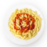 Paraboloïde de pâtes avec la sauce tomate Photo stock