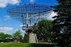 Paraboloïde de radar d'ère de WWII image stock