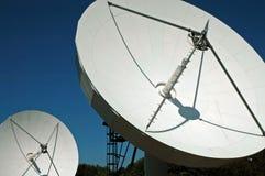 Paraboloïdes jumeaux de Sateliite Photographie stock