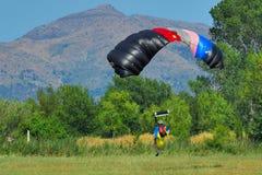 Paracaídas Fotografía de archivo libre de regalías