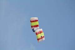 Paracadutisti incredibili e coraggiosi. Fotografia Stock Libera da Diritti
