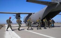 Paracaidistas Imagen de archivo libre de regalías