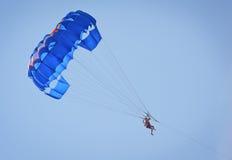 Parachute ascensionnel Photos libres de droits