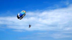 Parachute ascensionnel Photos stock