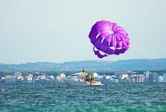 Parachute ascensionnel Images stock