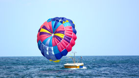 Parachute coloré Photos stock