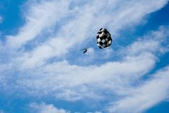 Parachute jumping Royalty Free Stock Photos