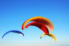 Parachutes de vol Photographie stock